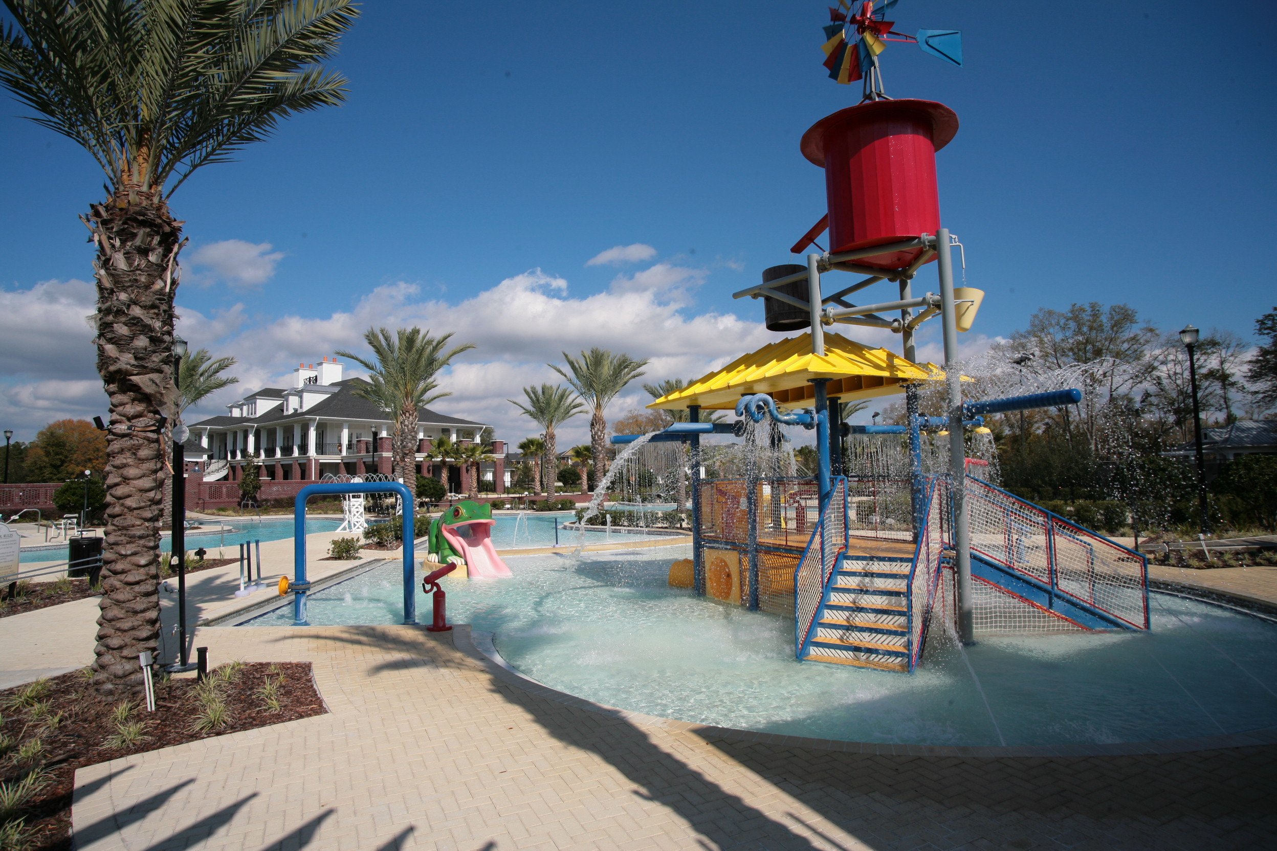 Water Park and Recreation in Oakleaf Plantation
